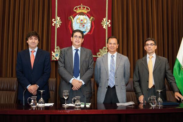 atencion-cliente-despachos-abogados-toga-188